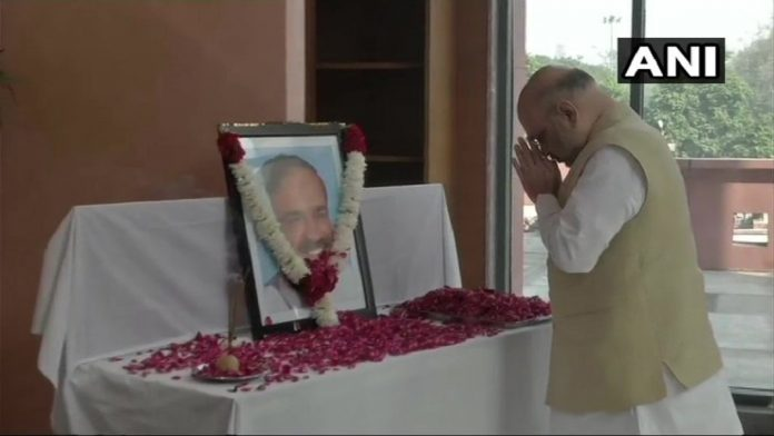 bjp-central-minister-ananth-kumar-passes-away-bjp-leader-in-shock-pm-modi-president-ram-nath-kovind-rajnath-singh-express-condolences-IndiNews-Bangalore-Karnataka-केंद्रीय मंत्री अनंत कुमार का निधन, राष्ट्रपति, प्रधानमंत्री ने जताया शोक-इंडी न्यूज़