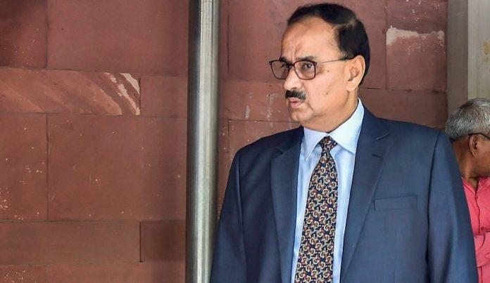 cbi-director-alok-verma-submitted-the-reply-on-cvc-in-the-supreme-court-आलोक वर्मा ने सुप्रीम कोर्ट में दाख़िल कराया अपन जवाब, कल होगी सुनवायी-इंडी न्यूज़