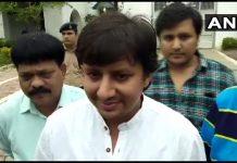 bjp-vidhayak-aakash-vijayvargiya-ko-jamanat-supporters-ne-kiya-firing
