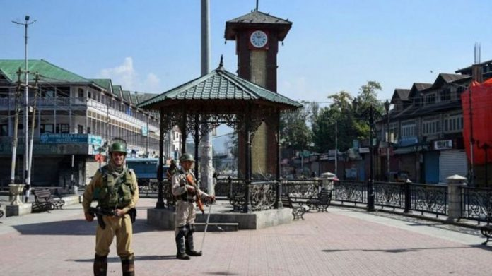 grenade-attack-in-srinagar-more-than-12-injured