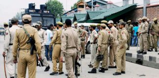 jammu-and-kashmir-police-officer-caught-with-two-terrorists-on-way-to-delhi
